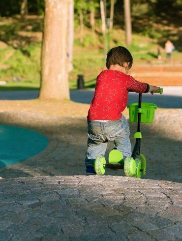 Pied moteur enfant