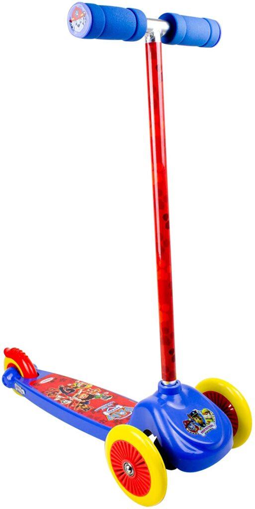 Le cadeau de Noël idéal pour les petits garçons : la trottinette à trois roues Pat Patrouille
